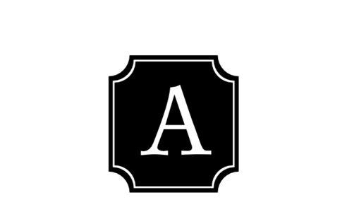 Monogram: Dauphin Monogram 02