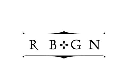 Monogram: Dauphin Monogram 16