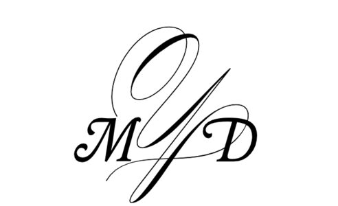 Monogram: Garamond Swash Monogram 04